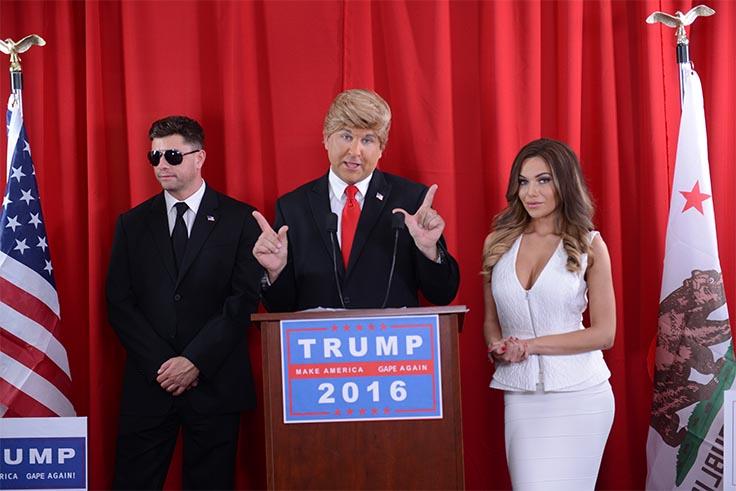 Parody of a press conference featuring Donald Trump, Sarah Palin and Melania Trump and a security guard